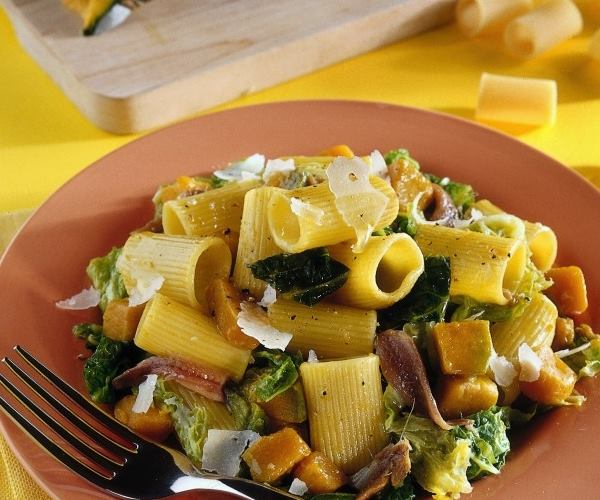 mezze maniche con zucca e verza, ricetta light zucca, dieta weight wellness, weight watchers , italia, riunioni